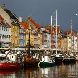 Kopenhagen – Kleine Meerjungfrau im bunten Hafen