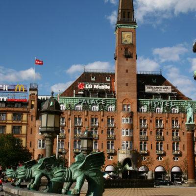 Rådhuspladsen mit dem Kopenhagener Rathaus
