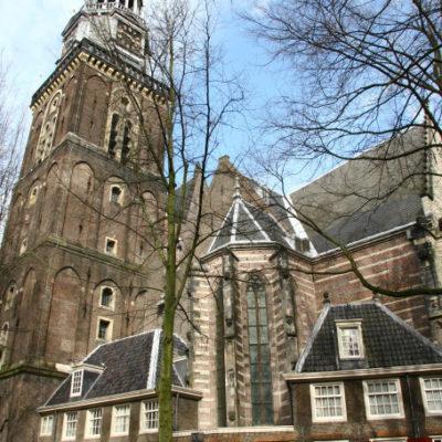 Die Zuiderkerk in Amsterdam war die erste für Protestanten erbaute Kirche in den Niederlanden.