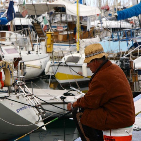 Fischer im Hafen von Palermo