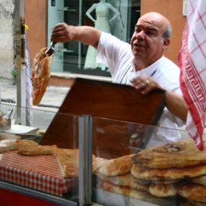 Focaccia-Verkäufer in der Nähe von Quattro Canti