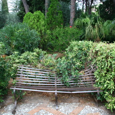 Giardini della Villa Communale - Da war wohl jemand zu schwer...