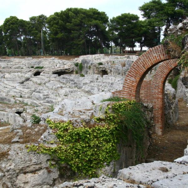Parco Archeologico della Neapoli -  Römisches Amphitheater