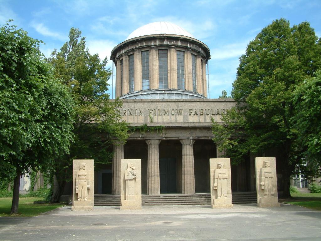 Vier-Kuppel-Pavillion auf dem Messegelände in der Nähe der Jahrhunderthalle