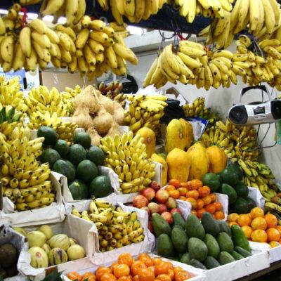 Bananen auf dem Mercado Central de Lima