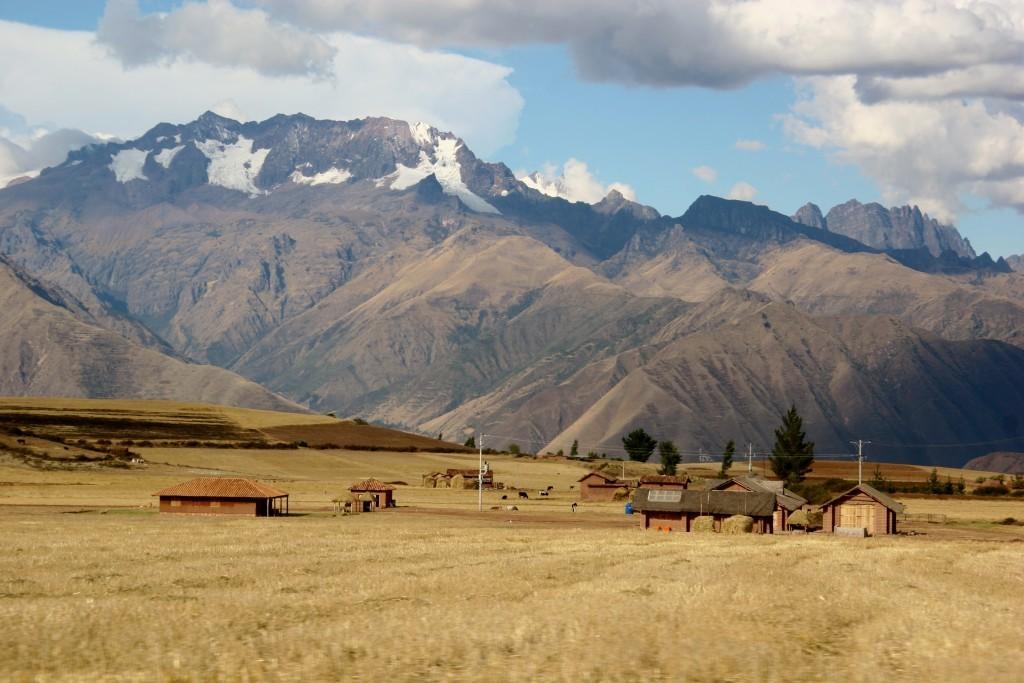 Felder in den Anden bei Maras / Peru