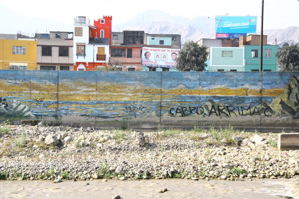 Am Ufer von Río Rímac / Lima