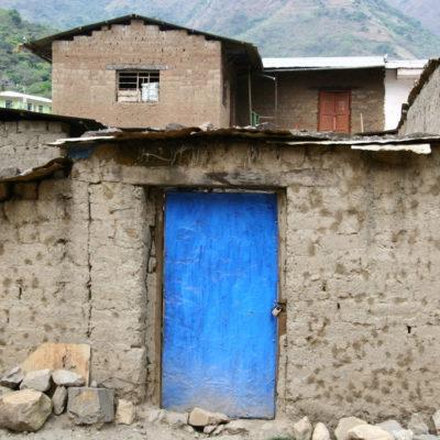Blaue Tür in Santa Maria