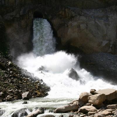 La Hidroeléctrica - Wasserkraftwerk hinter Santa Theresa auf dem Weg zum Machu Picchu