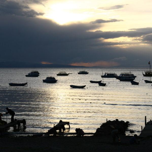 Sonnenuntergang in Copacabana am Titicaca-See