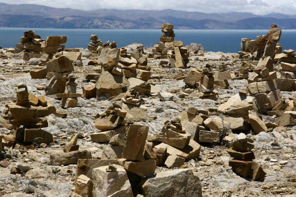 Steintürmchen auf der Isla de Sol