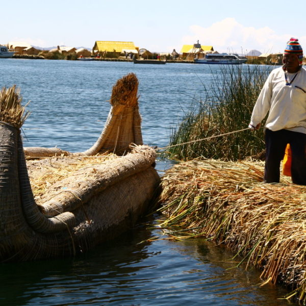 Uros Islands - Boot aus Totora-Schilf