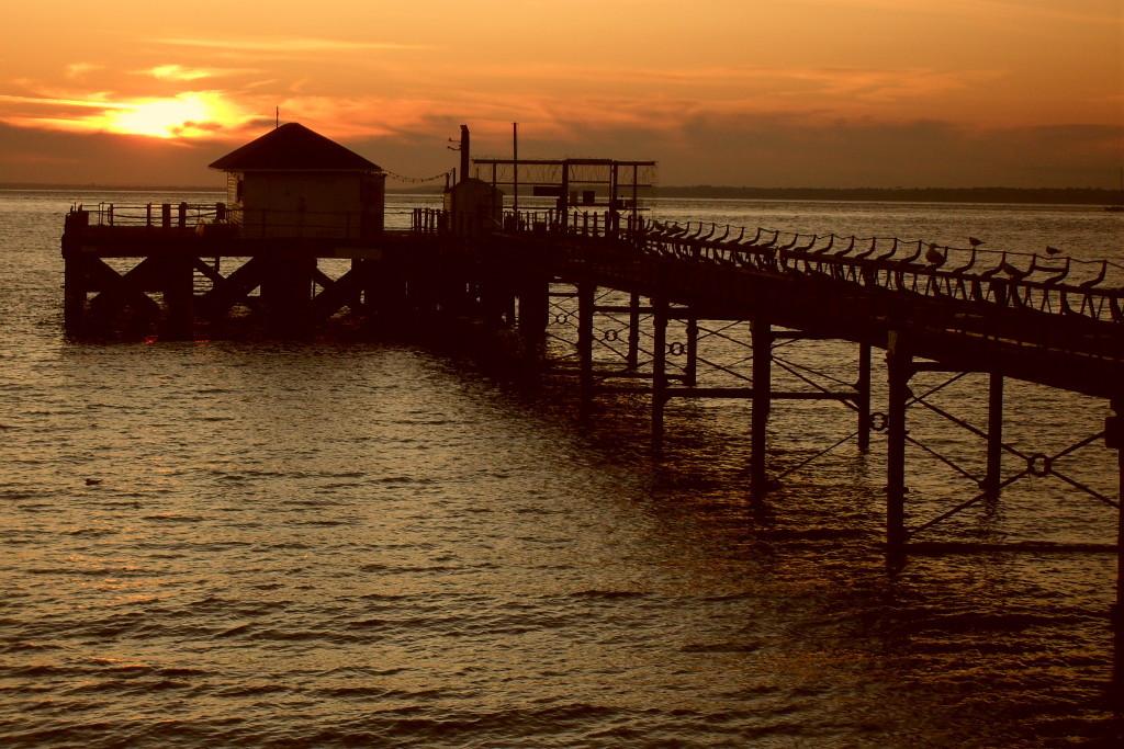 Totland Pier - Sonnenuntergang am Totland Bay