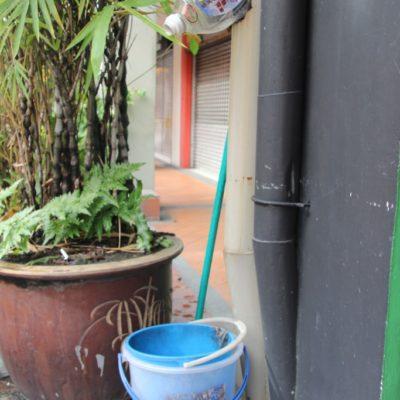 Praktischer Abfluss - Kreative Lösung bei kaputten Regenrinnen