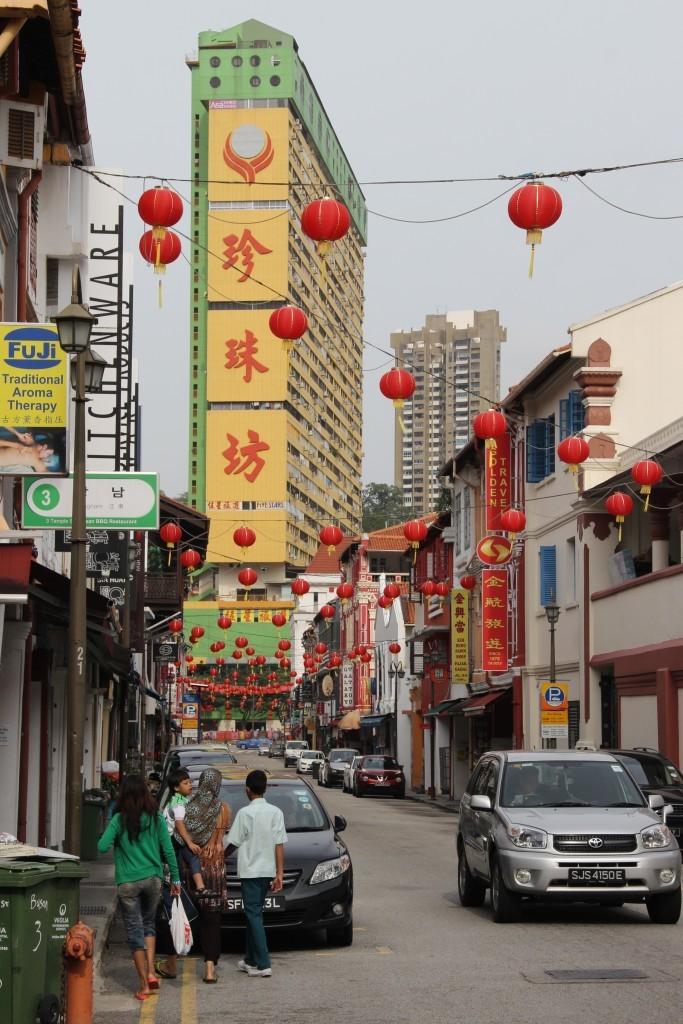 Temple Street - Chinatown in Singapur - Laternen-Dekoration zum Chinesischen Neujahrsfest
