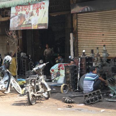 Autowerkstatt in Phnom Penh
