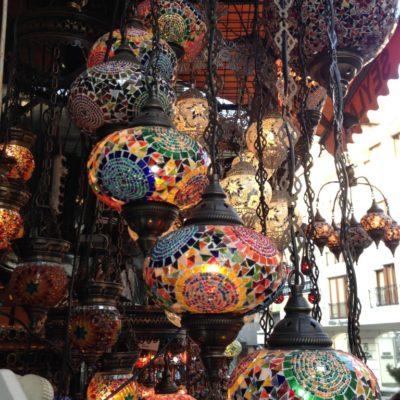Orientalische Laternen in Istanbul