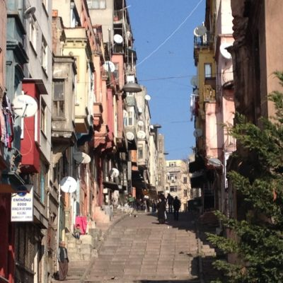Steile Straße in Fatih