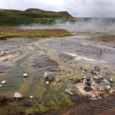 Haukadalur - Hochtemperaturgebiet rund um das aktive Vulkansystem des Großen Geysirs