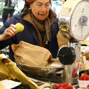 Marktfrau auf dem Campo dei Fiori