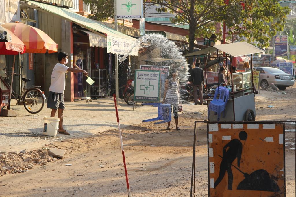 Baustelle in einer Seitenstraße von Siem Reap