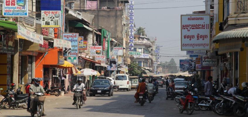 Battambang – Bambootrain und Fledermäuse