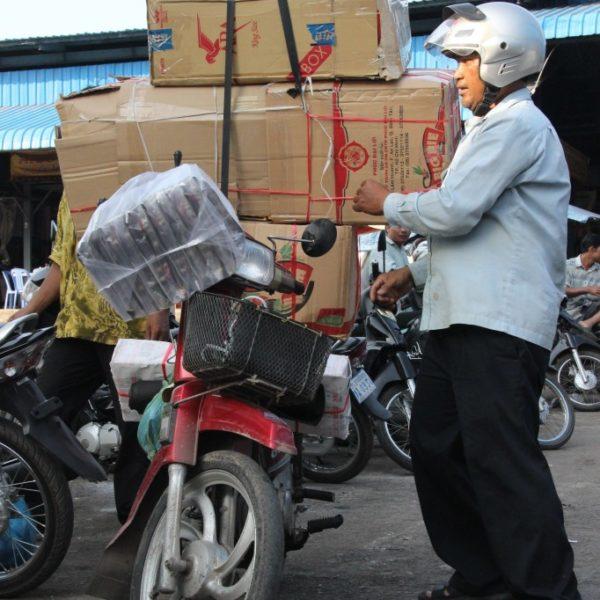 Kann man ein Moped überladen?