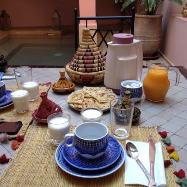 Marokanisches Frühstück im Riad