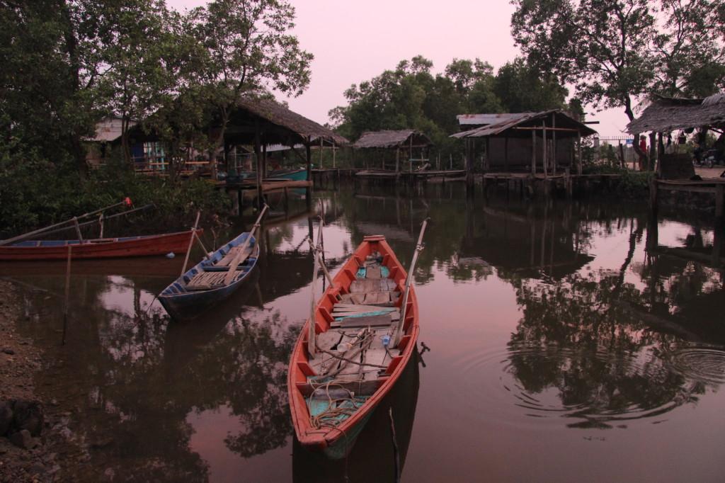 Minority Cham Muslim Fishing Village - Abendstimmung im muslimischen Fischerdorf bei Kampot