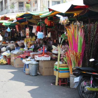 Phsar Chas - Bunte Stände auf dem alten Straßenmarkt