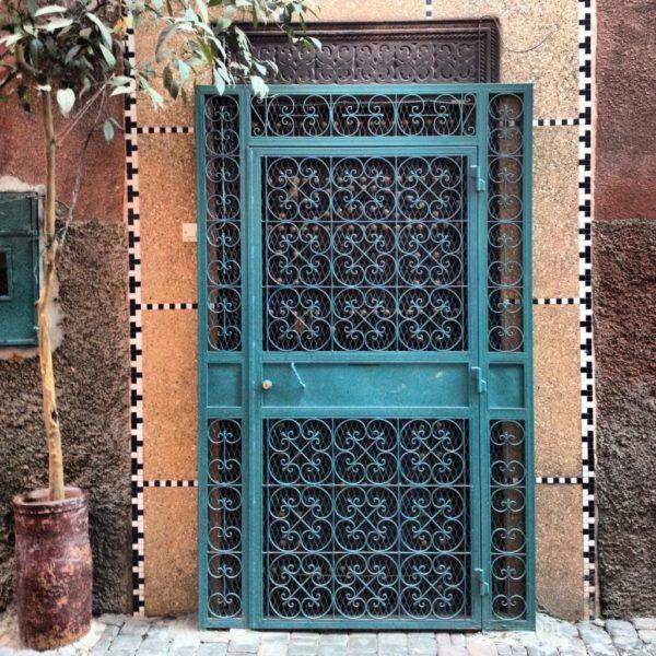 Prunvolle Tür in Medina