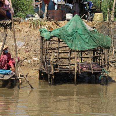 Schweinestall am Mekong