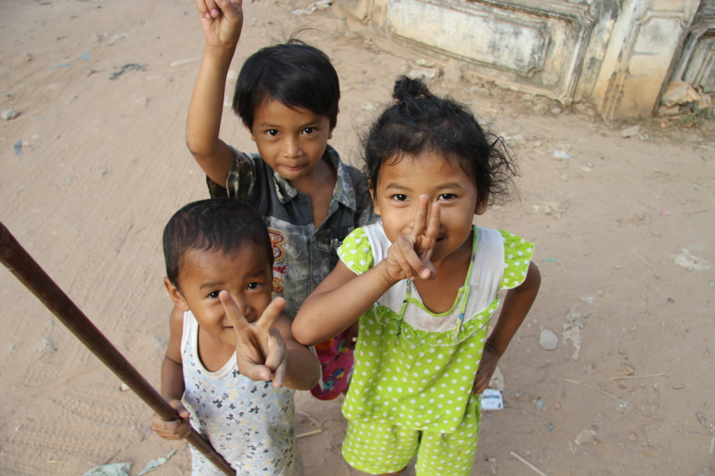 Spielende Kinder in Siem Reap