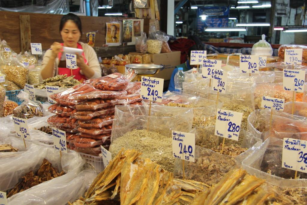 Warorot Market - Guard Luang: Getrocknete Meeresfrüchte
