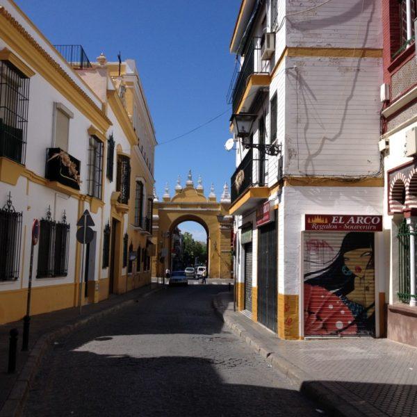 Basilica Macarena  & Flamenco y Mas in der Calle San Luis