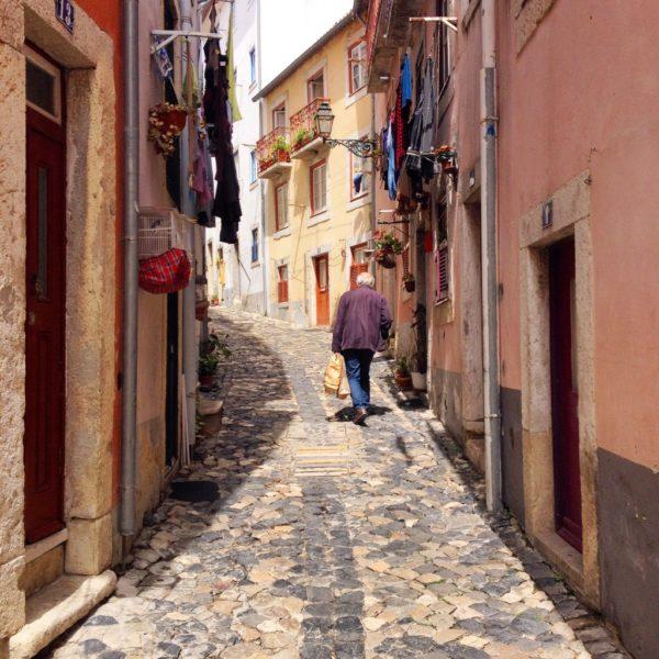 Rua do Espírito Santo