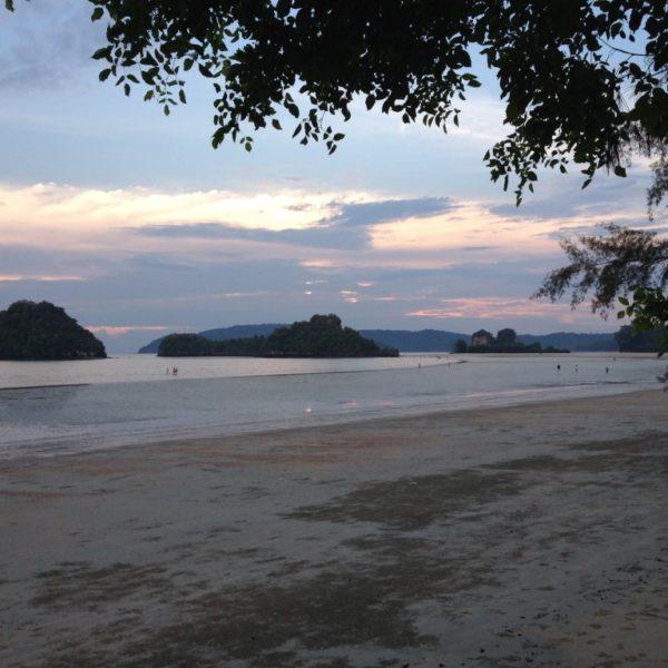 Ao Nang Beach - Ebbe bei Sonnenuntergang