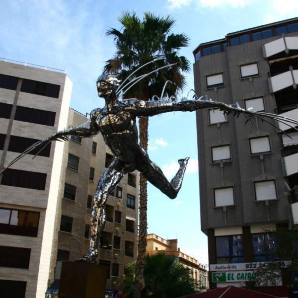 Ikarus-Skulptur in Santa Cruz de Tenerife