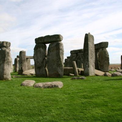 Stonehenge - Kultiger Steinkreis etwa 13 Kilometer nördlich von Salisbury