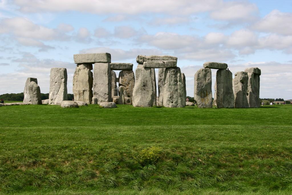 Stonehenge - Rätsel ringen sich um den Steinkreis etwa 13 Kilometer nördlich von Salisbury