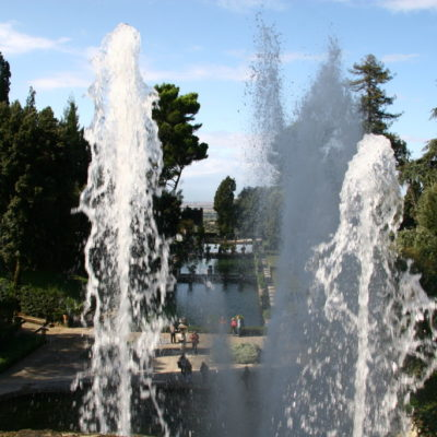 Wasserspiele mit der Wasserorgel des Neptunbrunnen in der Villa D'Este