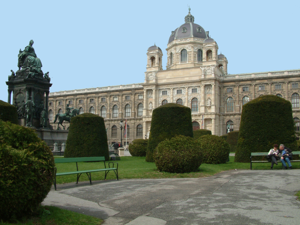 Maria-Theresien-Denkmal vor dem Kunsthistorischen Museum in Wien