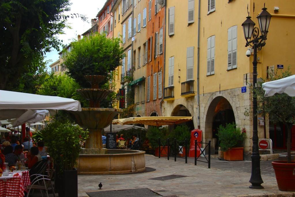 Place aux Aires