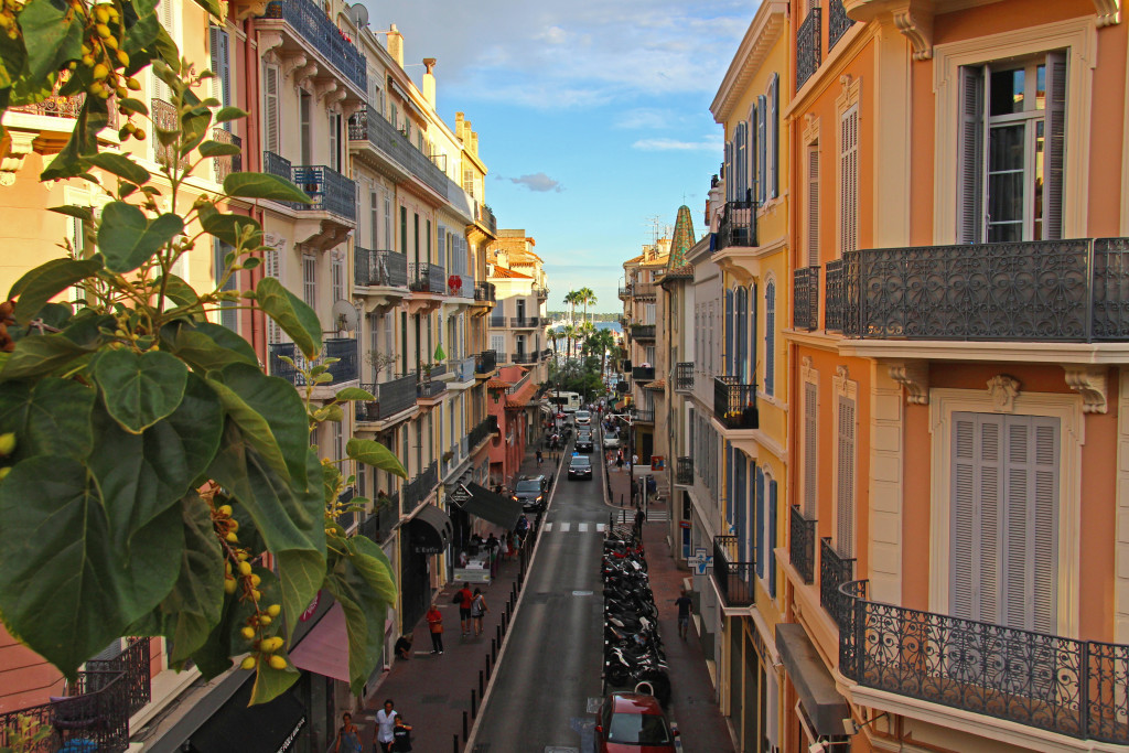 Straße in Cannes