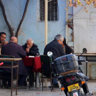 Männer-Stammtisch in Nikosia